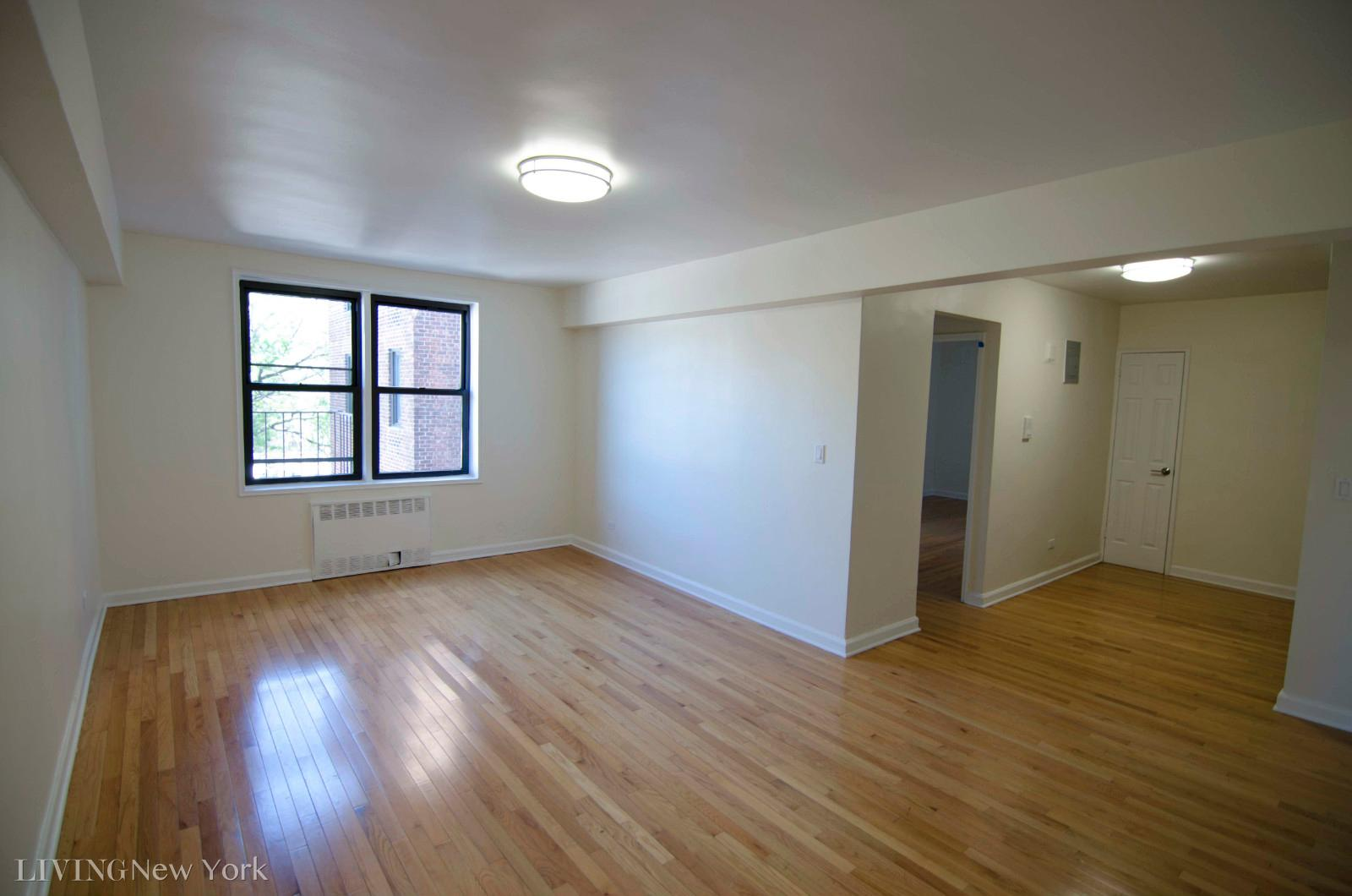 39-89 50th Street, Apt 4G, Queens, New York 11377