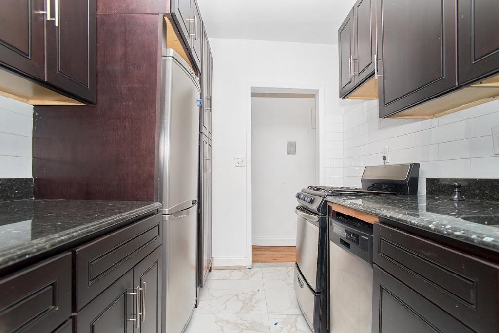 243 East 18th Street Gramercy Park New York NY 10003