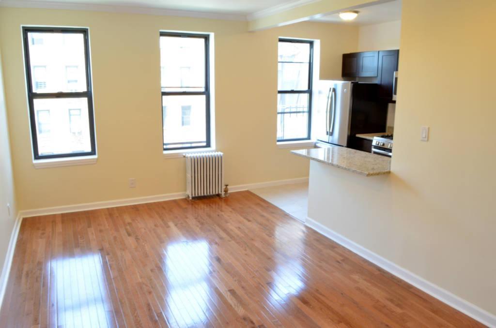 3 Apartment in Sunnyside