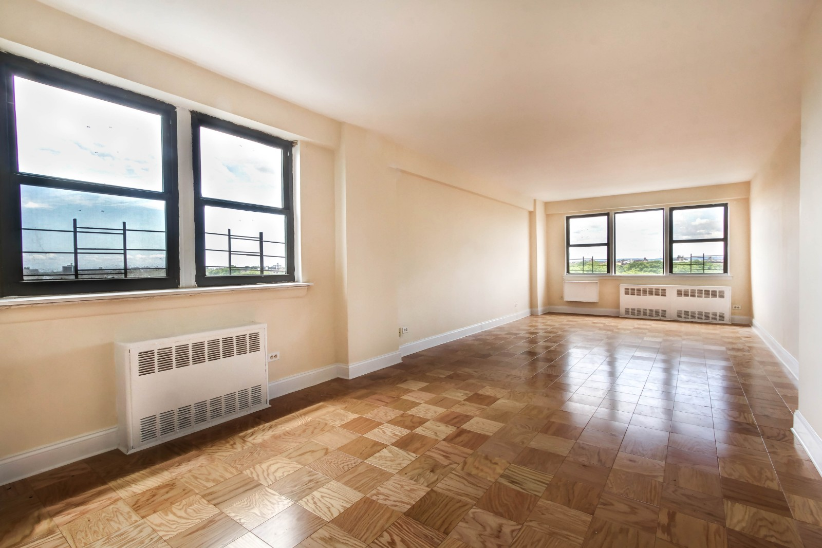 2.5 Apartment in Ditmas Park