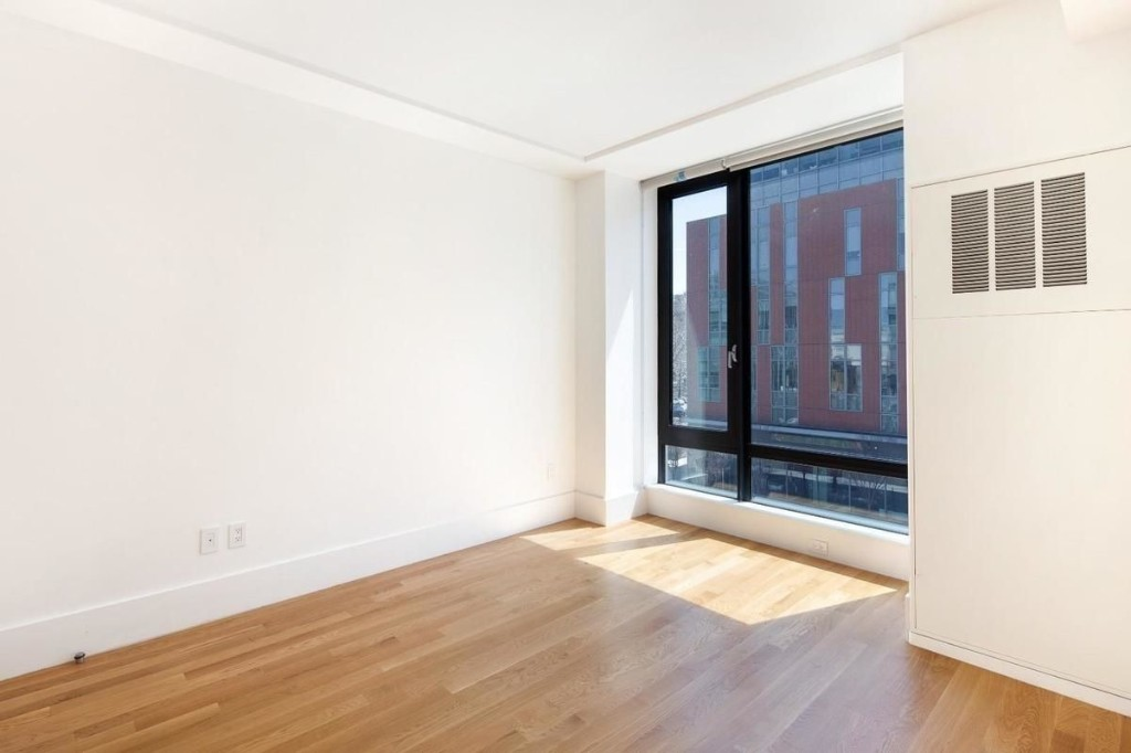 531 Myrtle Avenue Clinton Hill Brooklyn NY 11205