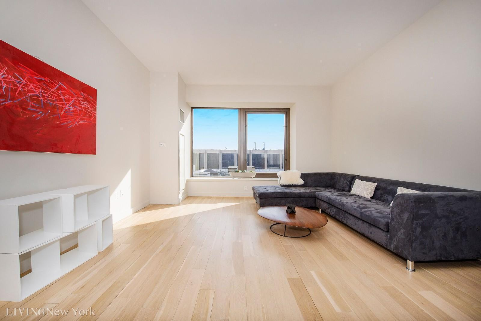 75 Wall Street Over-sized 1 bed with 1.5 Bath Available ASAP!Condo Unit with No Fee!Apartment Features:Loft CondoSoaring High Ceilings With Volumes Of Lateral Space Bright & Spacious Unit With Over-Sized Windows, Allowing Impressive Light Throughout Impeccably Presented Open-Plan Reception Room Views Over-Looking The New York Skyline Marble Tiled Floors & Walls In Bathrooms Building Features: Hotel-Style Lobby & Reception Area Adorned With Rich FinishesTwenty-Four Hour Concierge & Luxury Attache Deluxe Residents' Lounge With Billiards Table & Wet Bar State of The Art Gym Stunning Sky Roof Deck With Spectacular City Views Valet Services Including Dry Cleaning, Laundry & Housekeeping*Net effective advertised with $50 off first month. Please be advised that some of these photos are stock photos