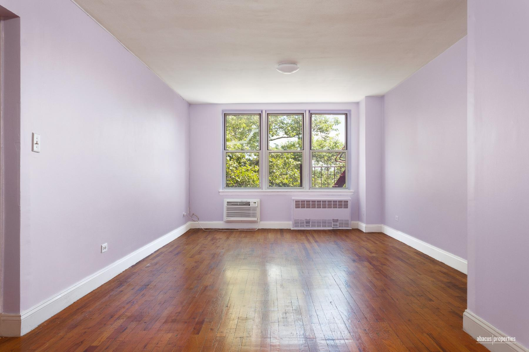 495 East 7th Street Interior Photo