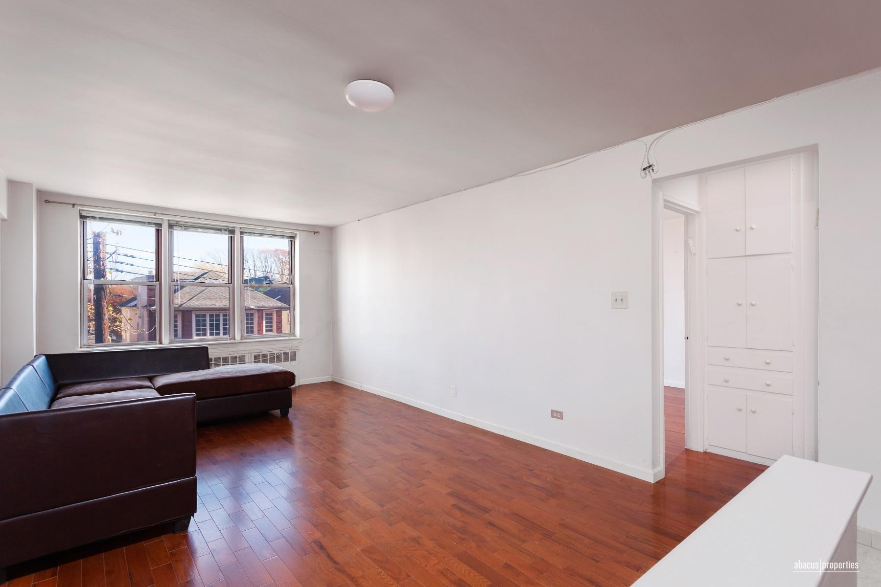 Apartment for sale at 1530 East 8th Street, Apt 3K