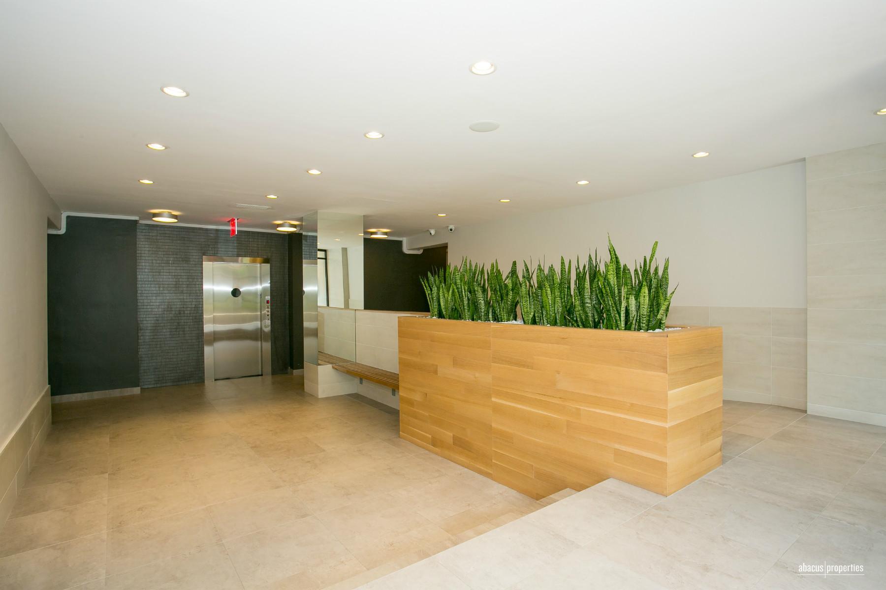 495 East 7th Street Interior Photo