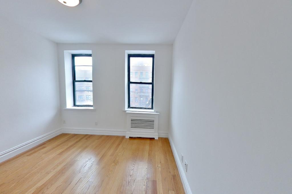 886 Tenth Avenue 4C Clinton New York NY 10019