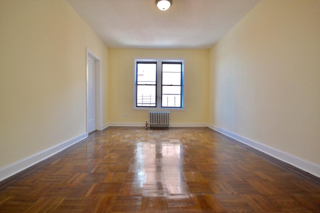 3 Apartment in Ridgewood
