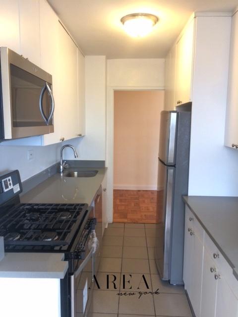 4 Apartment in Rego Park