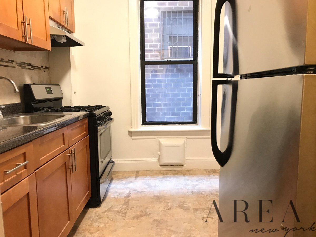 1 Apartment in Woodside