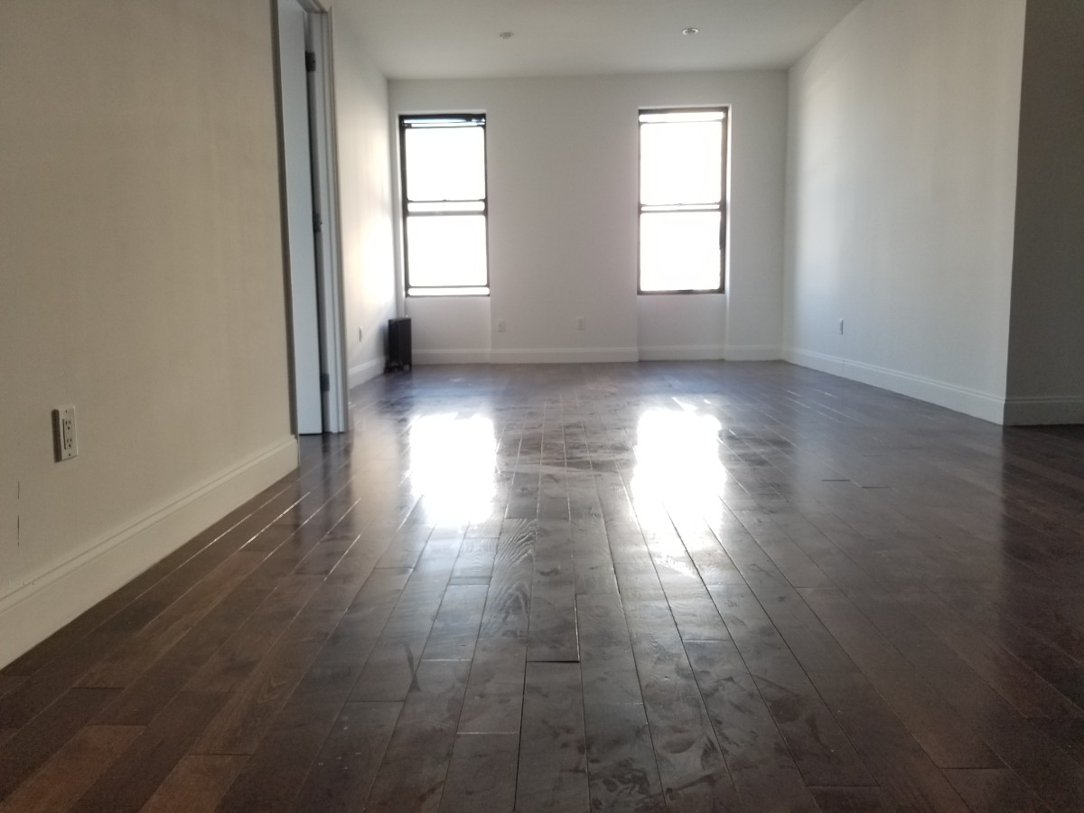 5 Apartment in Harlem