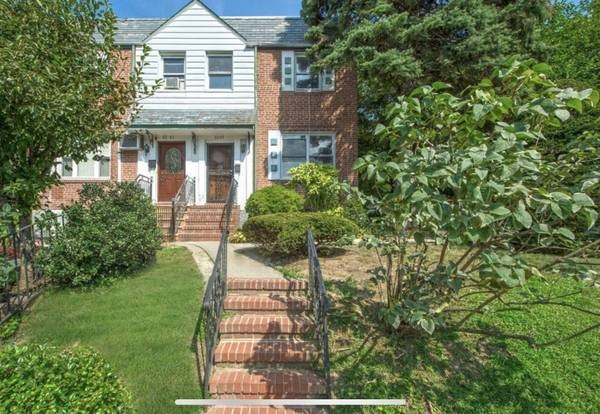 4 Townhouse in Fresh Meadows
