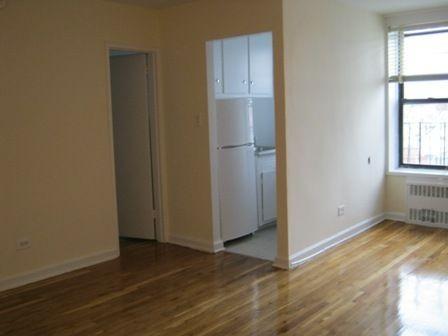 Studio Apartment in Elmhurst