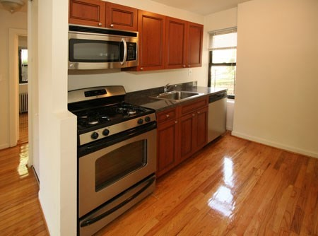 1 Apartment in Bayside