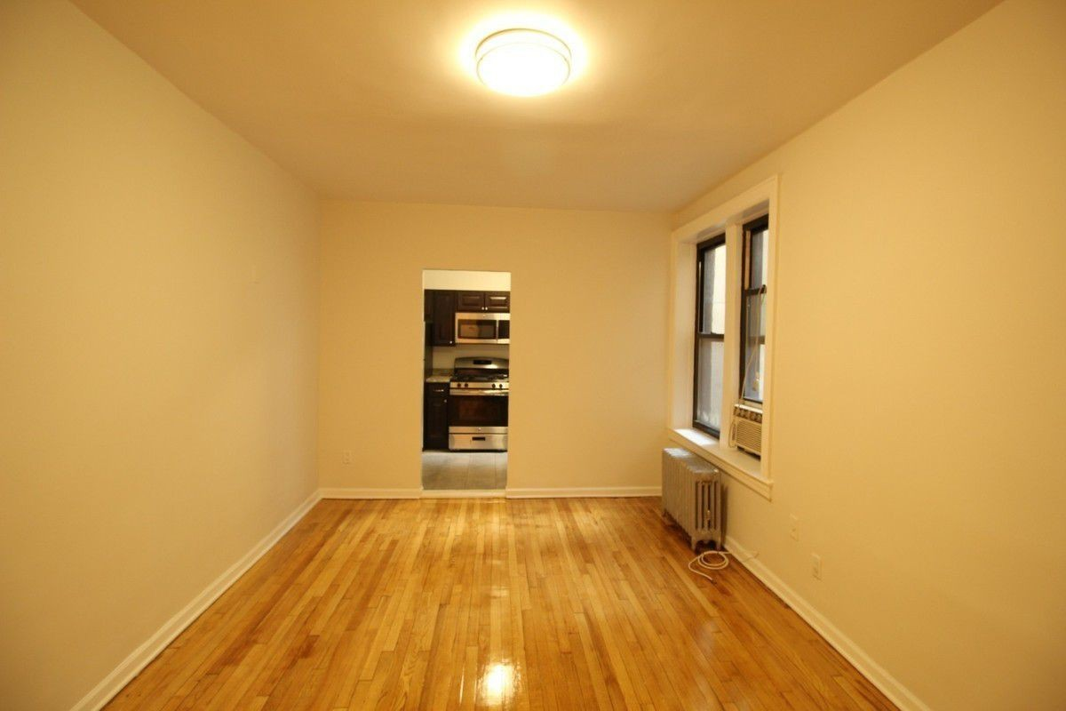 1 Apartment in Flushing
