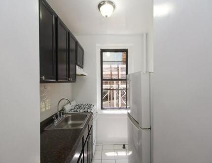Studio Apartment in Jackson Heights