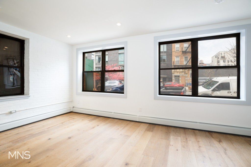 4 Apartment in Williamsburg
