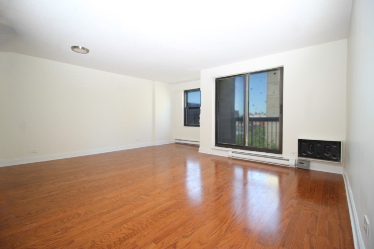 4 Apartment in East Harlem