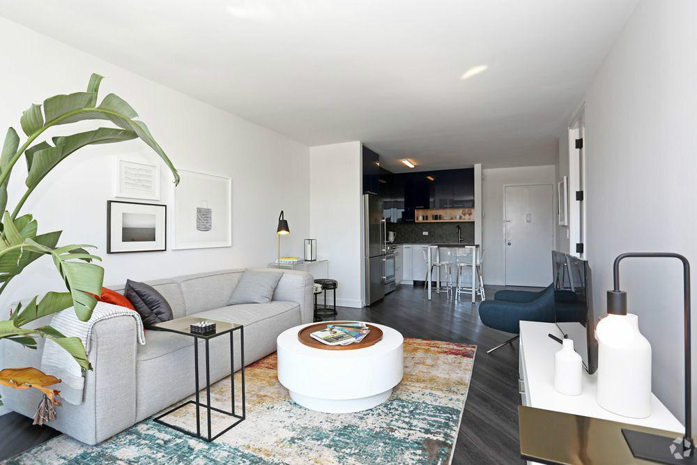 1 Apartment in East Village