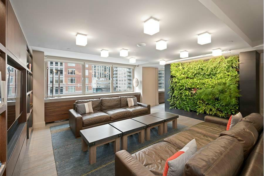 4 Apartment in Manhattan