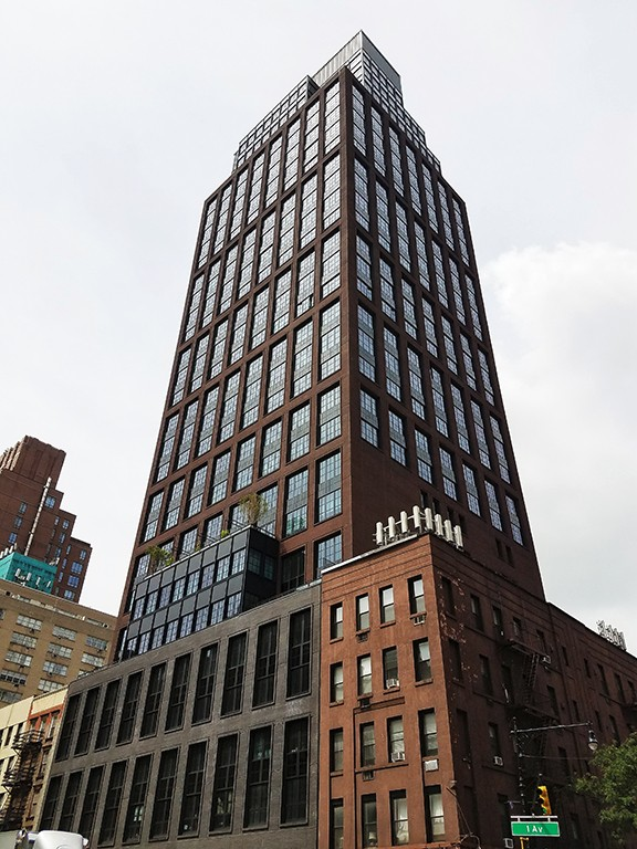 1 Condo in Midtown East