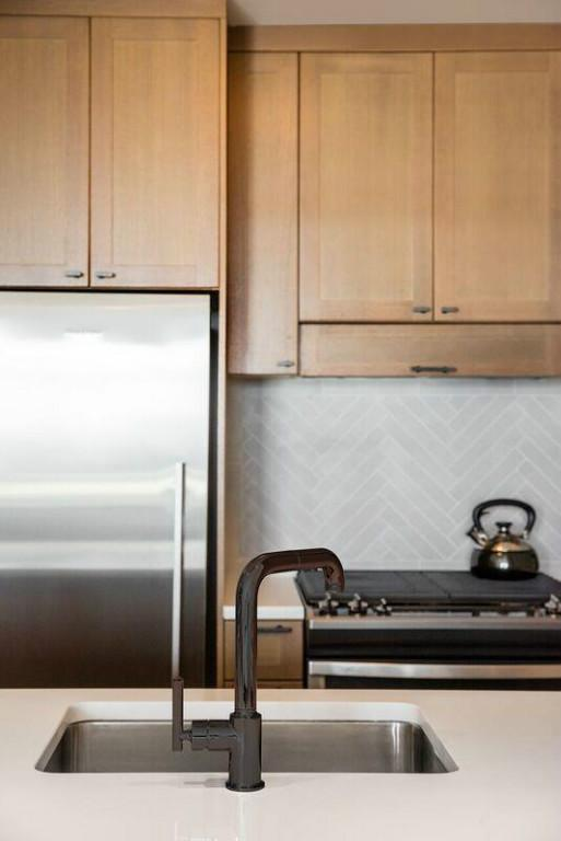 1 Apartment in Midtown West / Hell's Kitchen