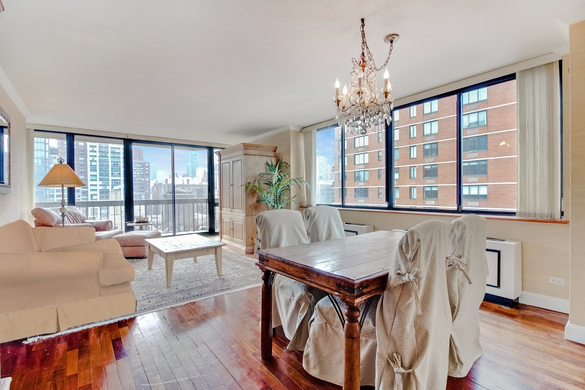 3 Condo in Upper East Side