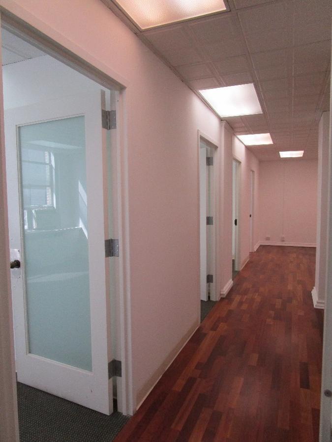 Office Office in Midtown East