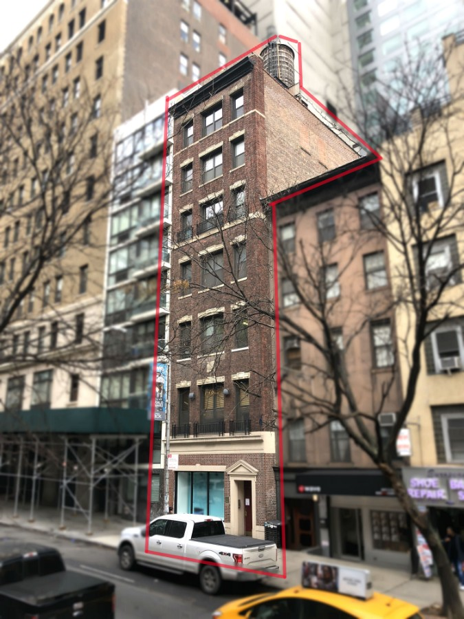 Building Delivered Vacant at Closting
