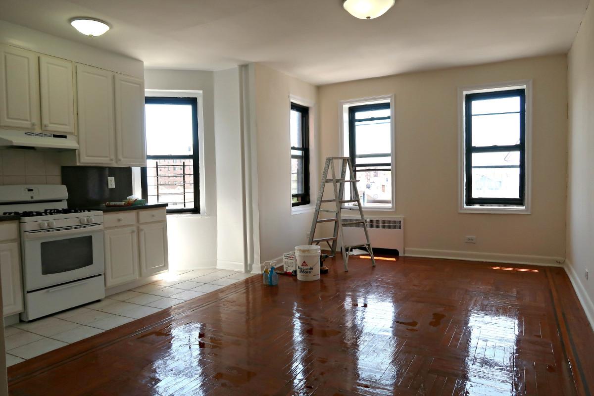 1 Apartment in Far Rockaway