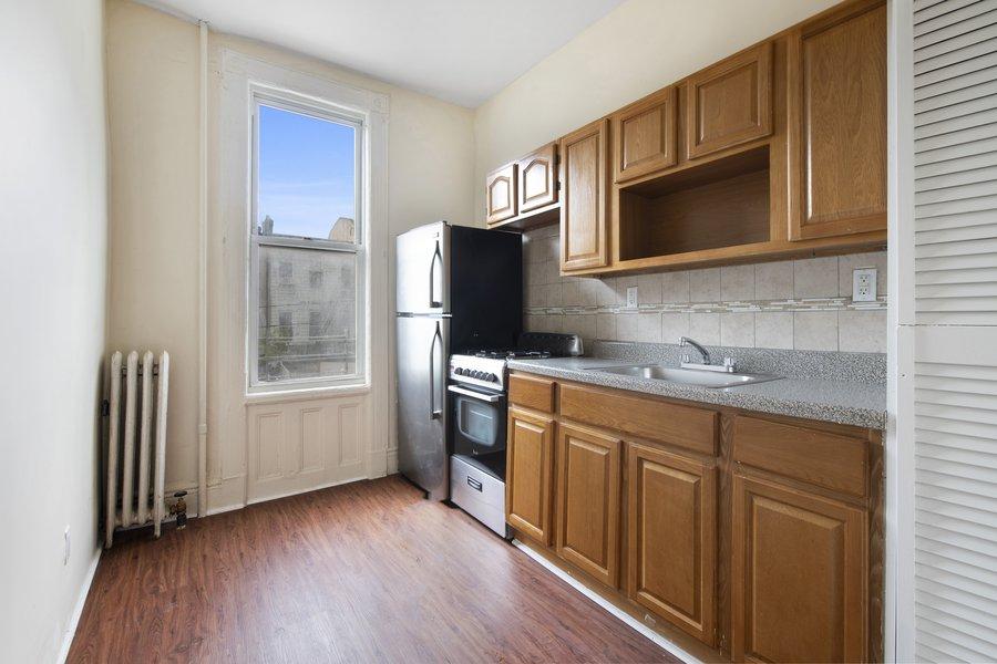 251 Eldert Street, Apt 1, Brooklyn, New York 11221
