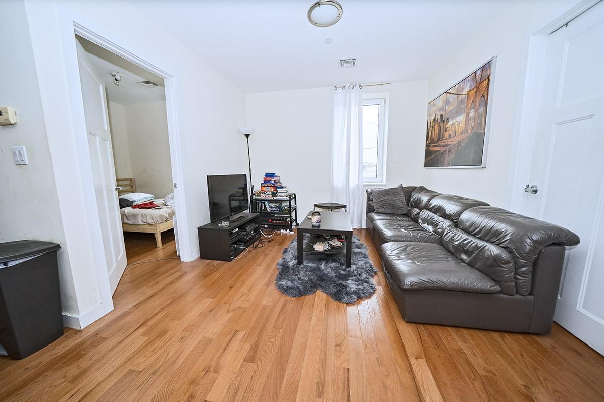 960 Willoughby Avenue, Apt 4R, Brooklyn, New York 11221
