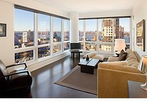 2 Apartment in Midtown West / Hell's Kitchen