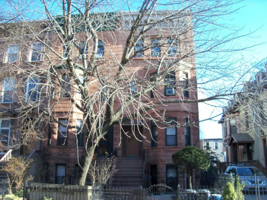 7 House in Clinton Hill