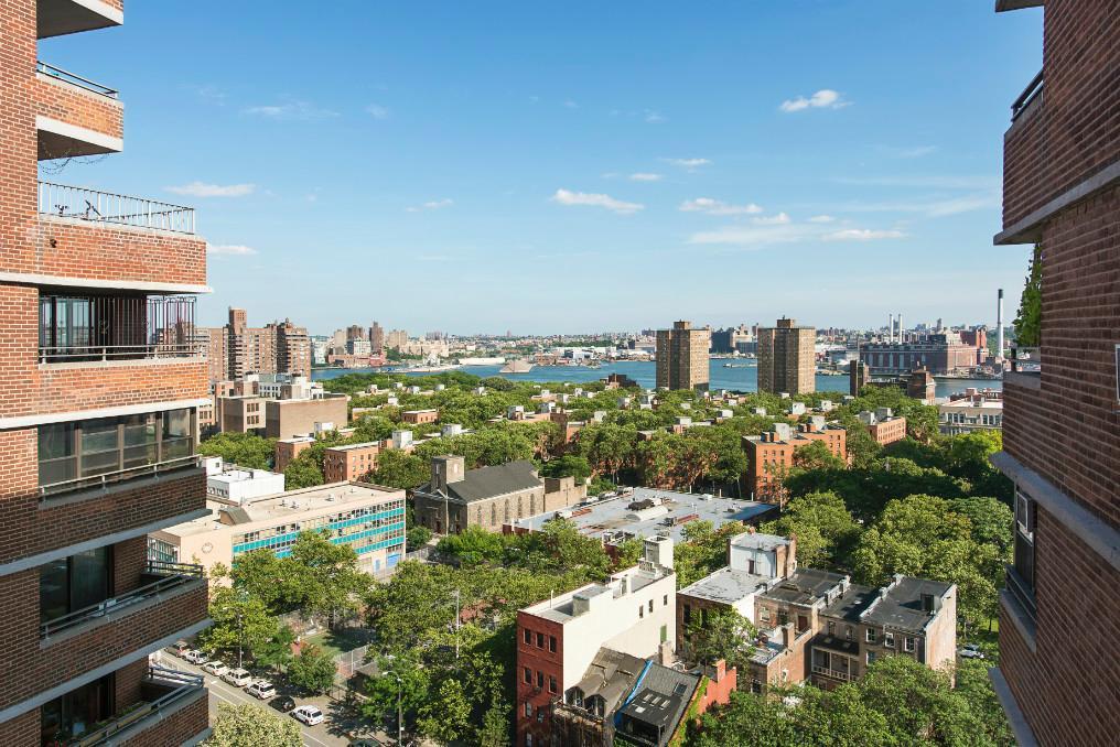 East River/Brooklyn