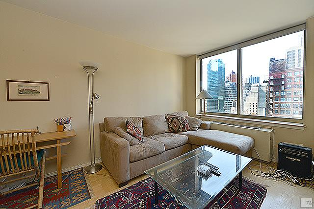 Studio Condo in Midtown East