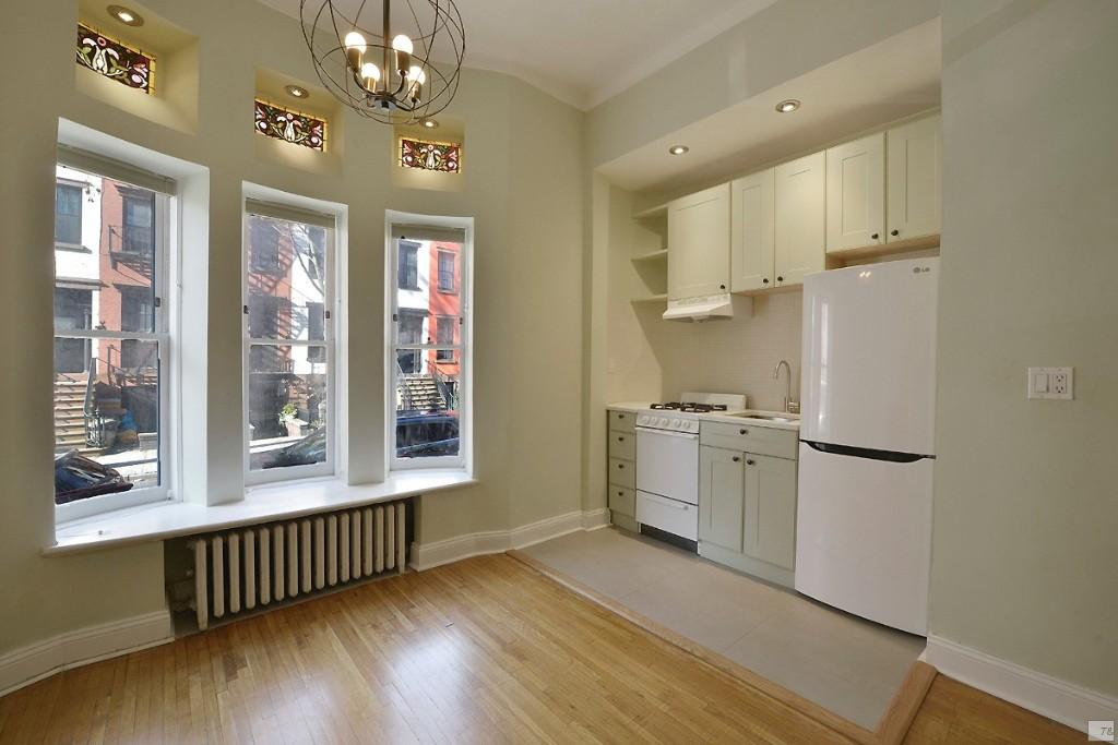 1 Coop in Brooklyn Heights