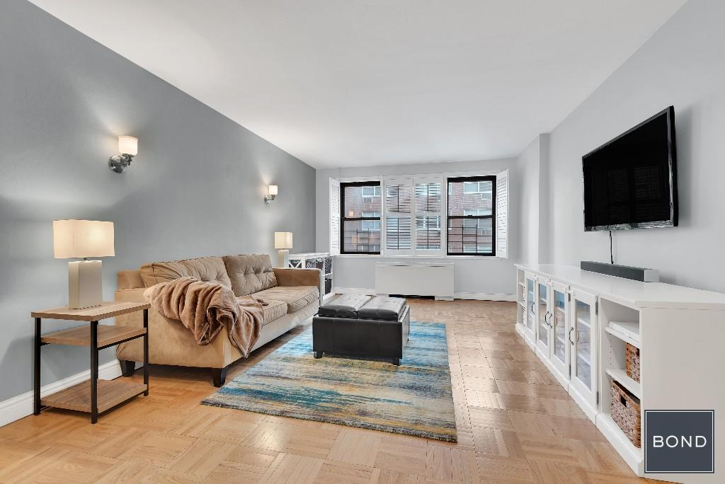 301 East 69th Street, #6C, NEW YORK, NY 10021 | New York Coops