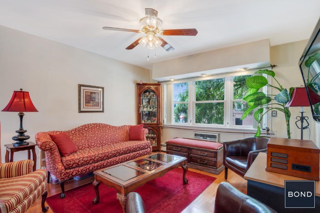Apt#2 Livingroom