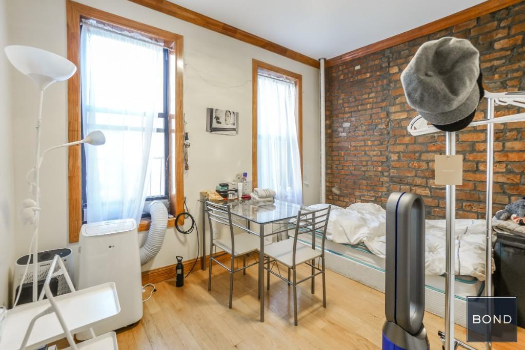 128 Macdougal Street, Apt 3C, Manhattan, New York 10012