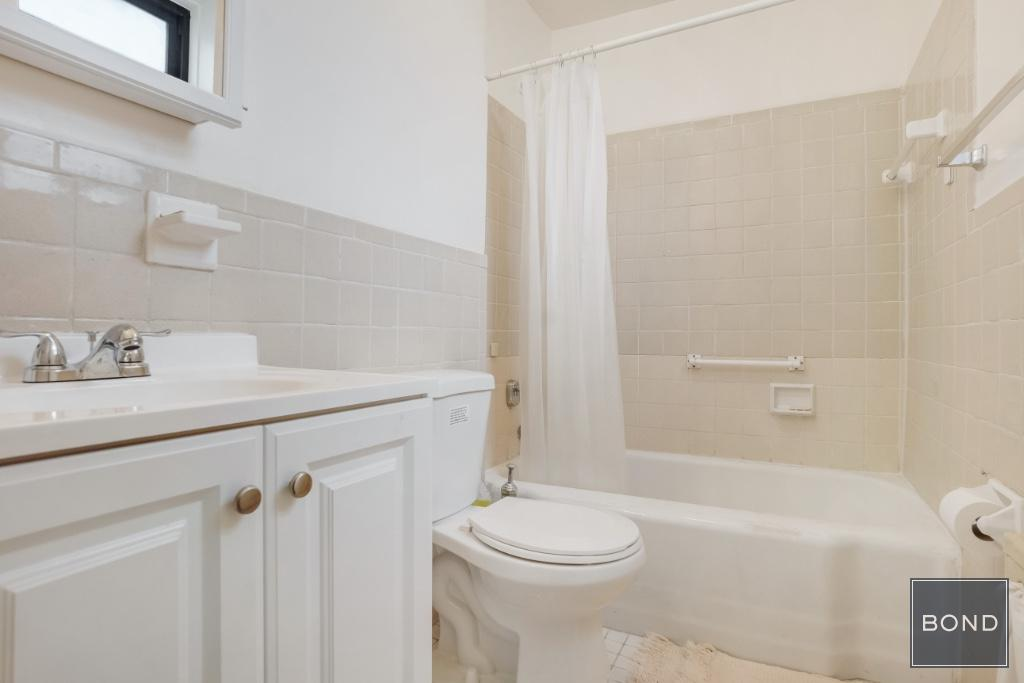 35-20 Leverich Street Jackson Heights Queens NY 11372