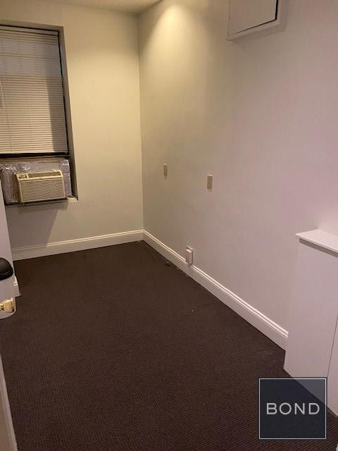 1435 Lexington Avenue Interior Photo