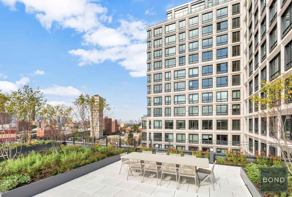 550 Vanderbilt Avenue, Brooklyn, NY - 3,600 USD/ month