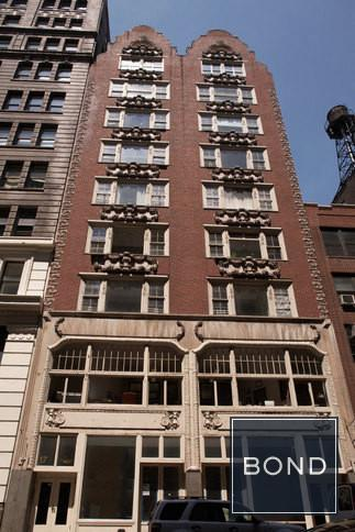15-17 WEST 18th bldg facade
