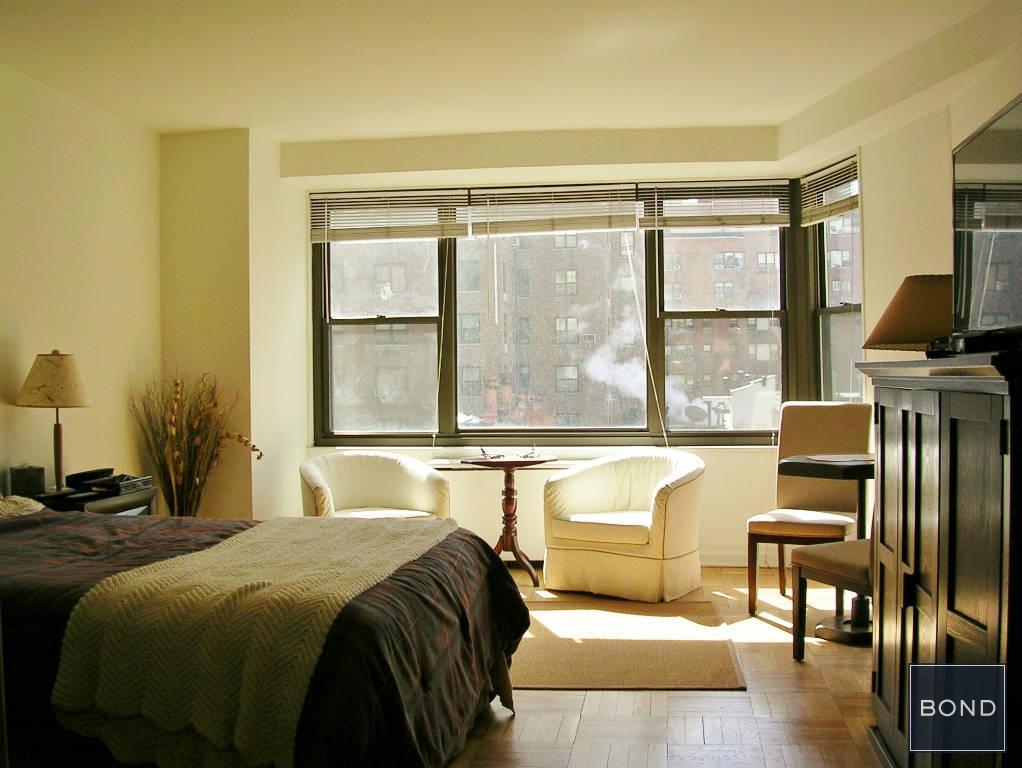 Sunny Living Room 9D