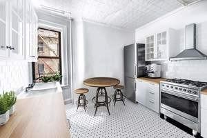 Kitchen Virtually Staged